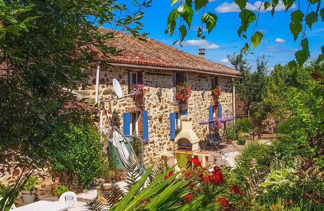 French Property of the Week: Charming rural retreat in picturesque Charente