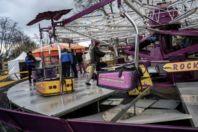 Frenchman dies after fairground ride collapse