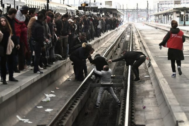 'Black Tuesday': French rail workers begin three months of rolling strikes