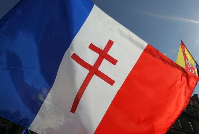 Why is this French flag at the centre of a fracas in France?