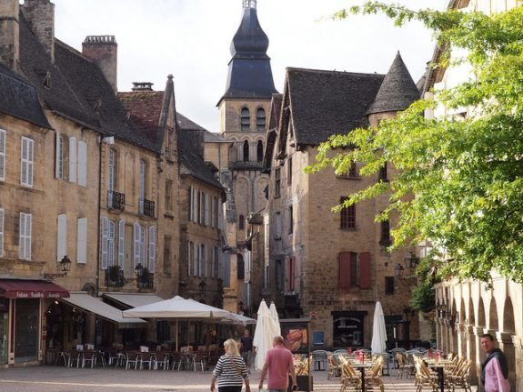 'Name your streets or no high-speed internet': Medieval French town told