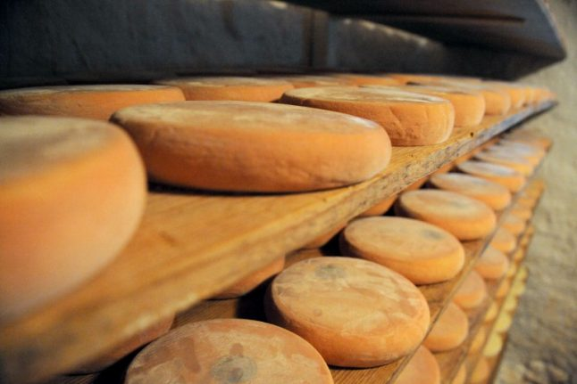 French supermarkets recall reblochon cheeses after children hospitalised