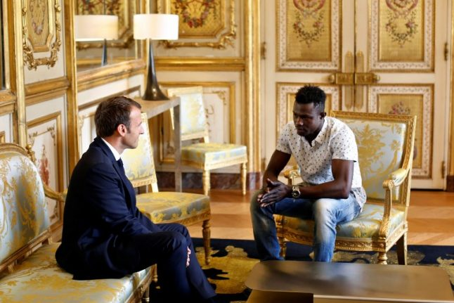 Hero Malian migrant who saved child to be given French citizenship