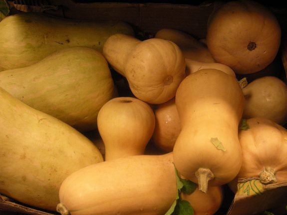 French woman loses her hair after eating a butternut squash
