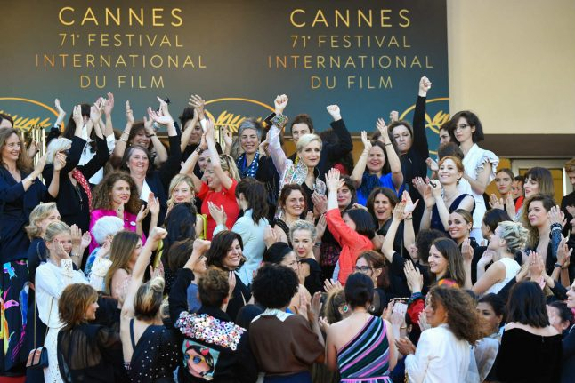 Female stars call for equal pay in Cannes protest
