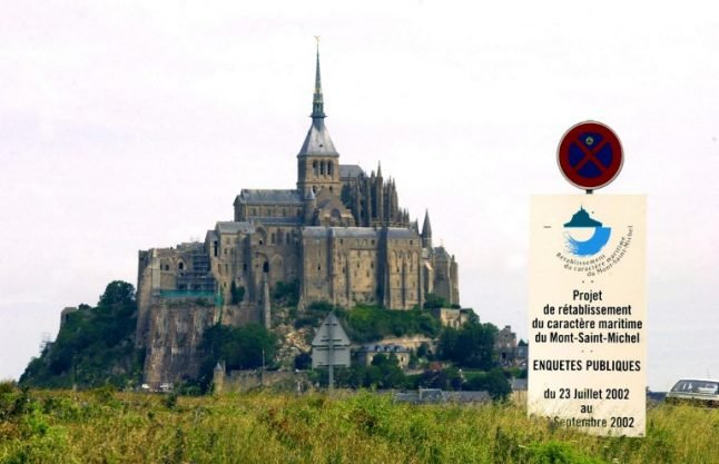Mont-Saint-Michel invaded by stray cats