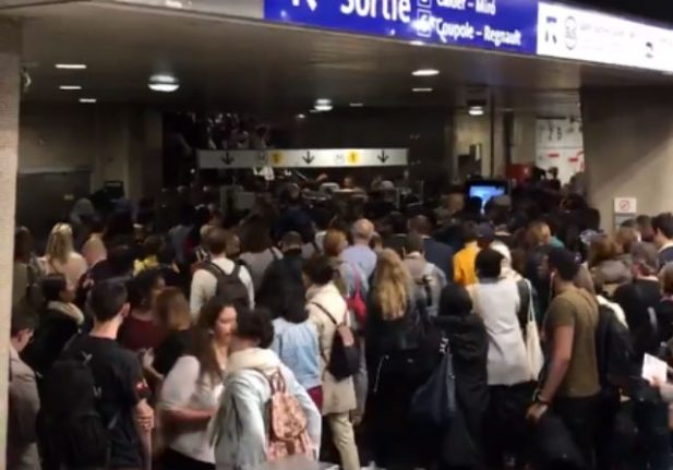 Commuters face rail chaos in Paris after signal failure and broken tracks