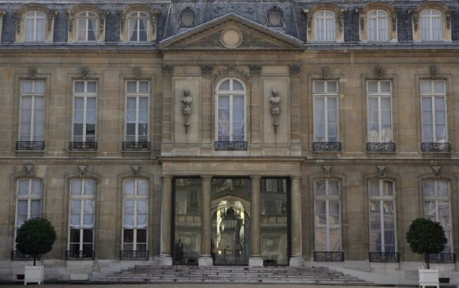 Elysée Palace to sell official souvenirs to raise cash for renovations