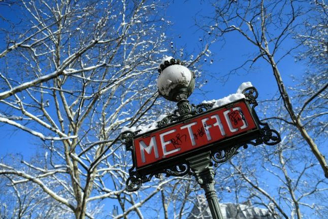 The strange rules of the Paris Metro you probably should know about