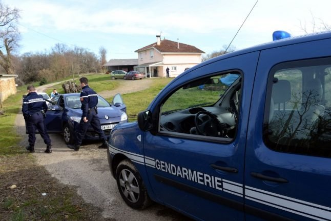 How effective are police at catching criminals in different parts of France?