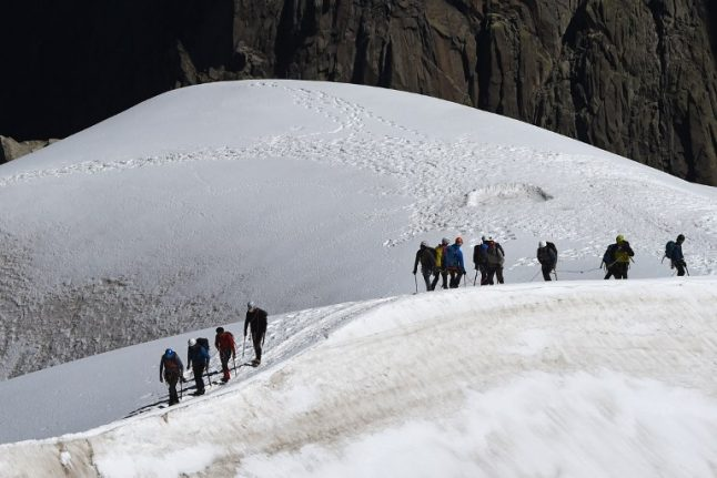 French Alps: Three climbers die on Mont Blanc