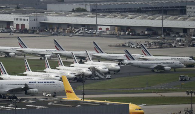 Air France profits nosedive by €335 million due to strikes