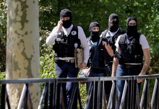 Knifeman 'kills mother and sister' in attack near Paris