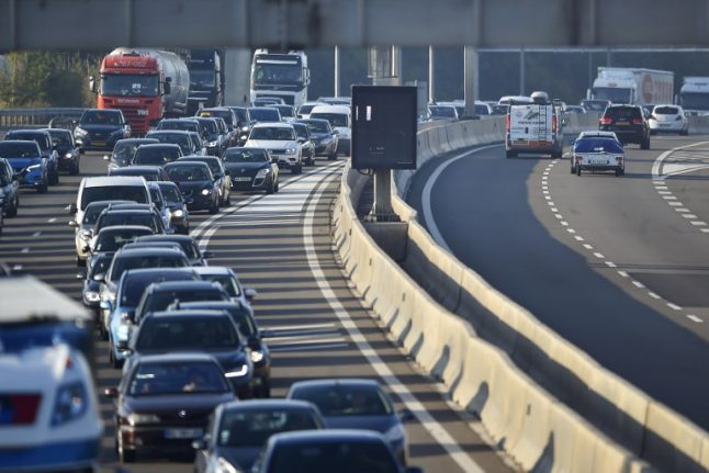 Drivers face difficult weekend on French motorways as holidaymakers head home