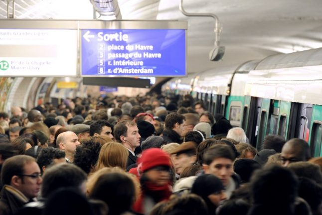 Paris Metro chiefs move to make nightmare Line 13 more bearable (but Parisians are not impressed)