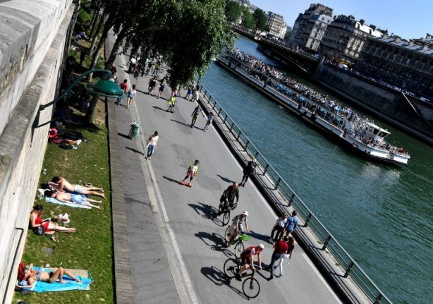 French court gives green light to cars on Seine riverbanks