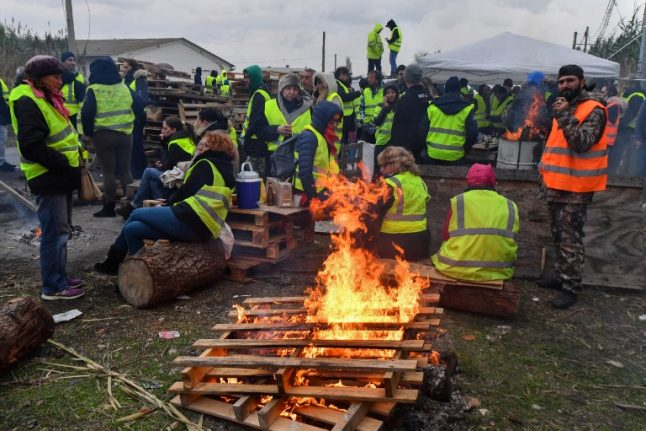 France's 'yellow vest' protest enters third day as fuel depots are blocked