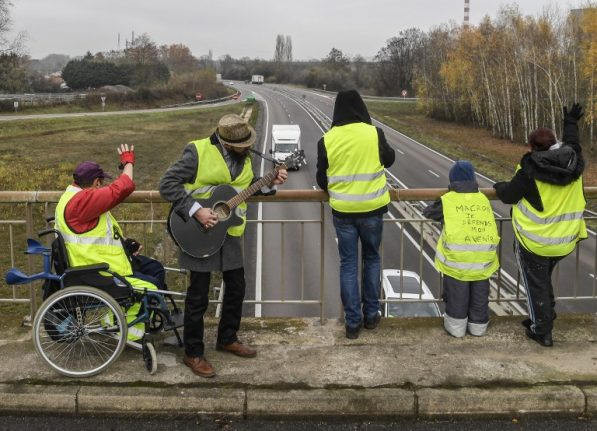 LATEST: 'Yellow vest' road blocks continue in France as shops and businesses suffer