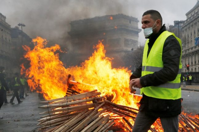 Yellow vest protest: Which parts of Paris should you avoid on Saturday?