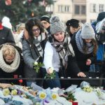Hundreds gather to honour Strasbourg victims