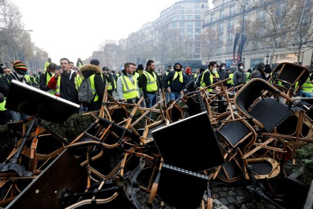 Little Christmas cheer in Paris as businesses count cost of riots