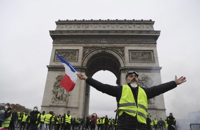 No Donald, French 'yellow vest' protesters were not chanting 'we want Trump'