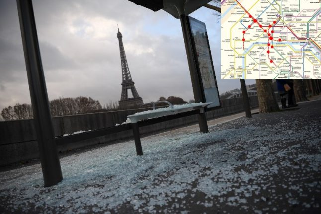 'Yellow vest' protests: Paris metro stations and museums to close but visitors told not to worry