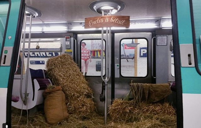 Paris Metro train stuffed with hay to denounce overcrowding on Line 13