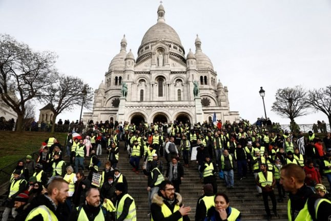 'Yellow vests' Act VI: Protesters surprise French police with Montmartre demonstrations