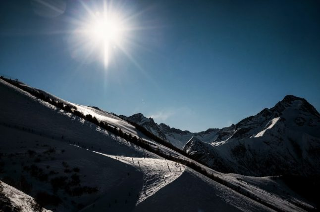 Two die in French Alps while setting avalanche control charges