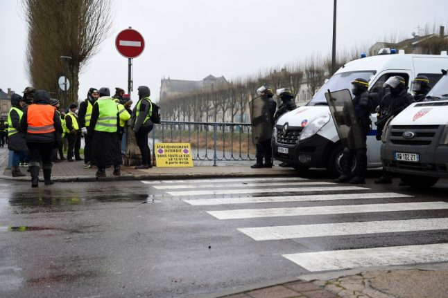 French police under fire as 'yellow vests' casualty toll mounts