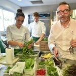 Michelin Guide gives stars back to France's reluctant top chef
