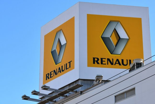 Renault posts record sales as Ghosn successor sought