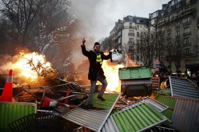 Violence flares again as France's 'yellow vest' protesters return to streets