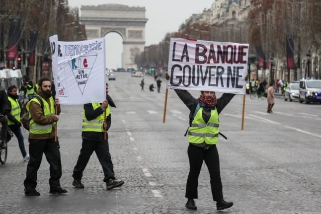 Are the 'yellow vests' putting investors off France?