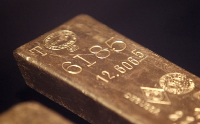Frenchman given gold bar as a reward for his honesty