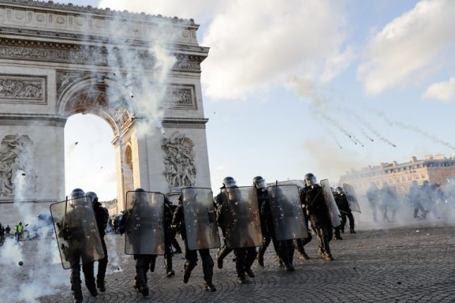Paris police chief sacked and demos to be banned: French government moves to end rioting
