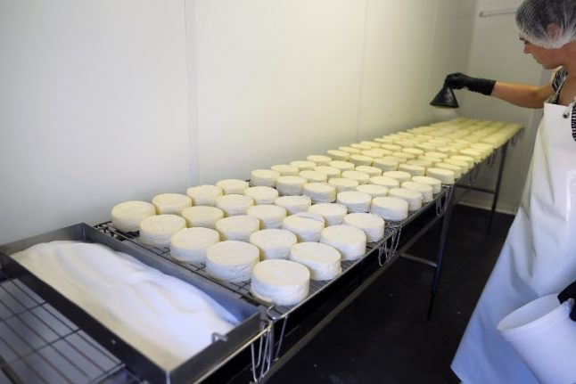 6,000 Camembert cheeses recalled in France in E.Coli scare