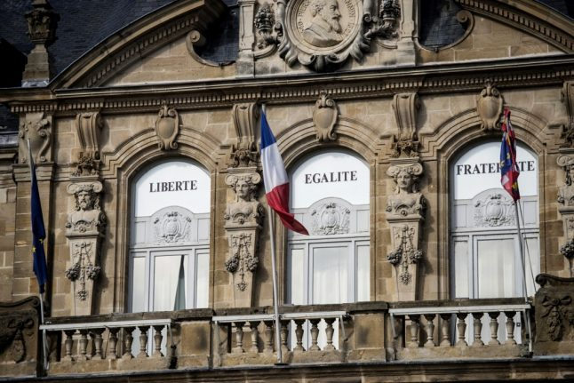 900 Britons set to lose places on French councils after Brexit