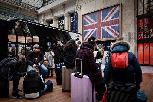 Eurostar drops 'no travel' warning, but French unions insist protest will continue