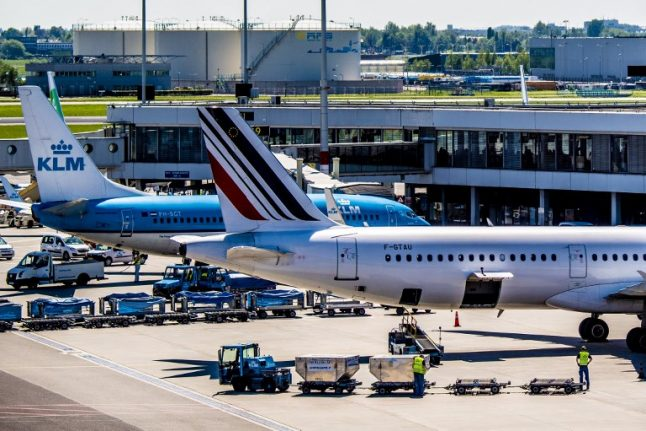 French MPs push for referendum over privatisation of Paris airports