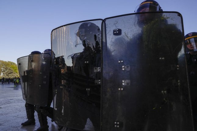 More than 7,000 police to be on duty in Paris for May 1st protests