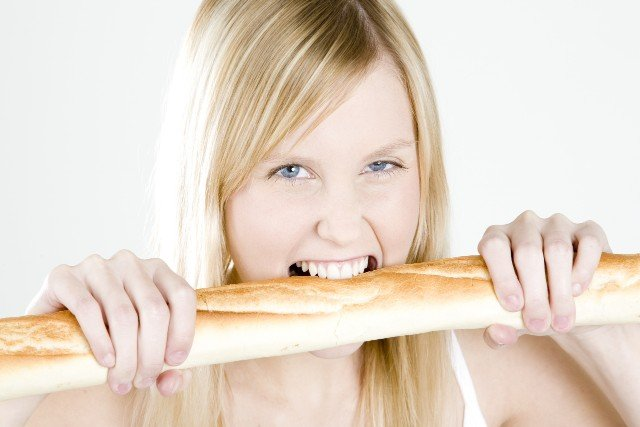 Baguettiquette: Weird things the French do with bread