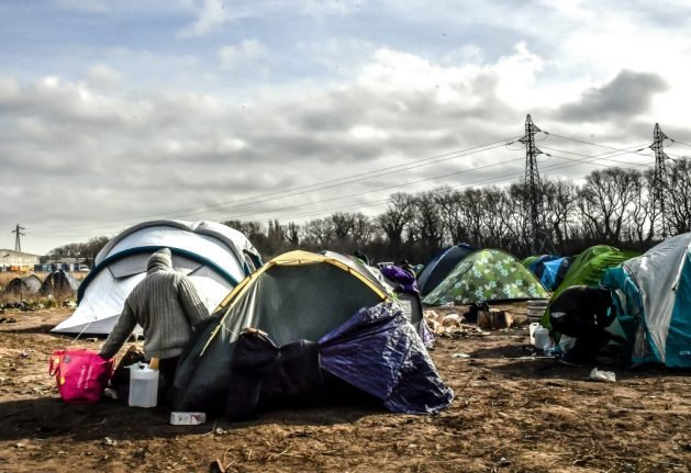 France accused of harassing and intimidating charity workers at migrant camps