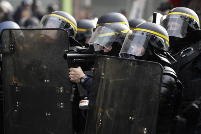 French police filmed teargassing climate change protesters