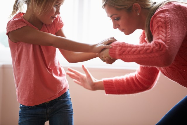 France to finally ban smacking children – but parents won't be punished