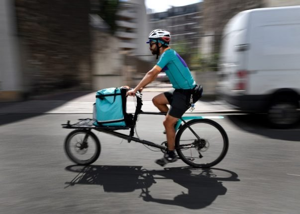 France's Deliveroo drivers call for protests and boycott in wages row