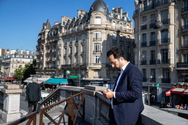 Why you might be getting text messages from random French people