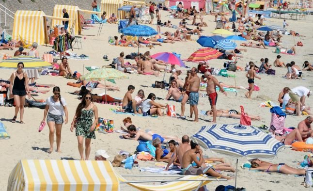 How much holiday time do the French really get every year?