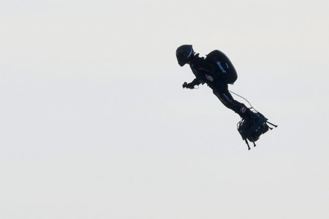 French daredevil becomes first person to zip across Channel on flyboard